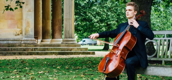 Leo Popplewell – Partita for cello @ Cambridge American Cemetery